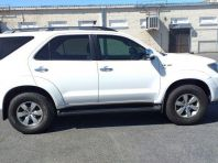 Used Toyota Fortuner V6 4.0 4x4 automatic for sale in Bellville, Western Cape