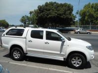 Used Toyota Hilux 3.0D-4D double cab Raider automatic for sale in Bellville, Western Cape