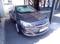Used Opel Astra sedan 1.6 Turbo Cosmo for sale in Bellville, Western Cape